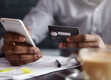 Les métiers dans le monde de la finance – un chargé de clientèle en banque
