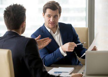 Quel est le rôle d'un directeur commercial ?
