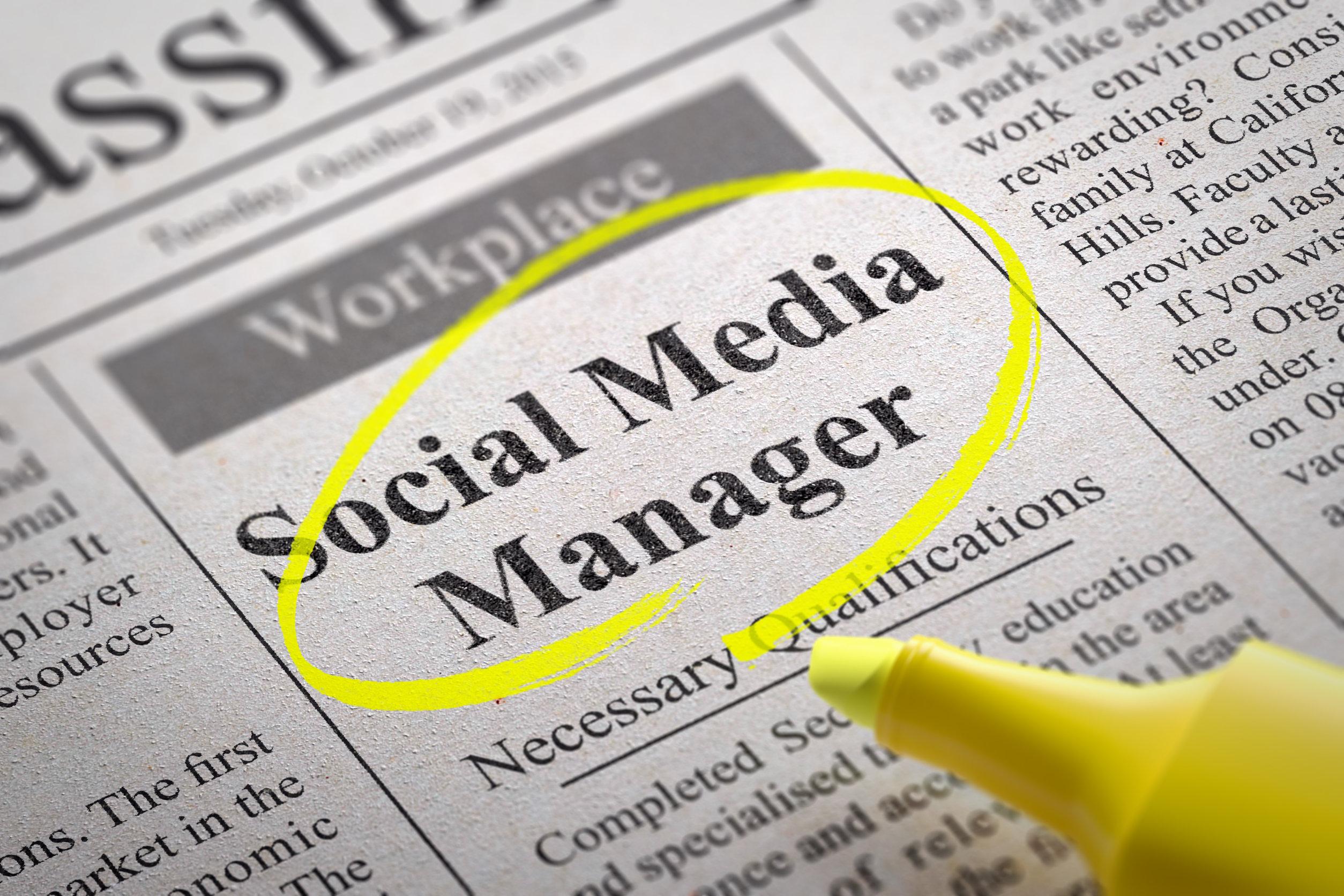 Social Media Manager dans les offres d'emploi des journaux.